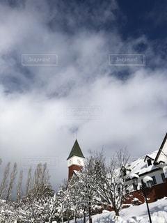 雲と時計塔の写真・画像素材[1866768]