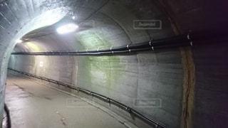 古いトンネルの写真・画像素材[1014570]