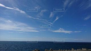 嵐の前の日本海の写真・画像素材[1353114]