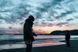 自然,海,空,屋外,ビーチ,雲,水面,海岸,シルエット,人物,人