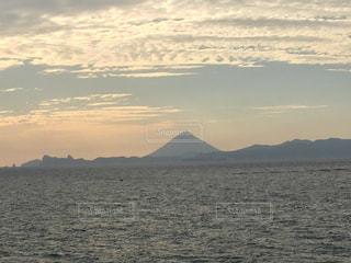 大隅半島からの開聞岳の写真・画像素材[1689410]