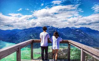 自然,夜景,絶景,カップル,湖,海外,ビーチ,後ろ姿,ベランダ,山,登山,星,人物,ハイキング,カナダ,バンクーバー,海外生活,外国人,ウィスラー,うしろすがた,ジョフリーレイク
