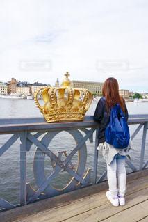 橋,スウェーデン,ストックホルム,川,人物,旅行,王冠,海外旅行,欄干,金色,ゴールド,クラウン,クラウン橋