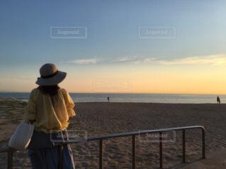 浜辺からの夕空の写真・画像素材[1871258]