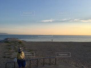 浜辺からの夕空の写真・画像素材[1871262]