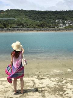 旅行で立ち寄った沖縄の海岸の写真・画像素材[2794059]