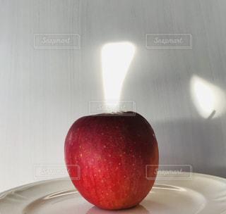 食べ物,フルーツ,果物,りんご,色,ふじ,フォトジェニック,色・表現