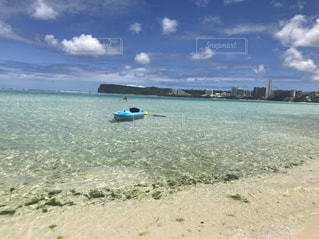 海,夏,屋外,海外,太陽,晴れ,アメリカ,旅行,笑顔,グアム,お出かけ,タモンビーチ,暑