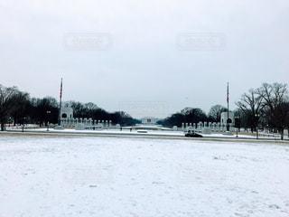 雪に覆われたフィールドの写真・画像素材[1739580]