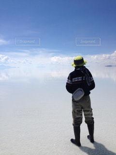 男性,空,後ろ姿,男,旅行,ウユニ塩湖