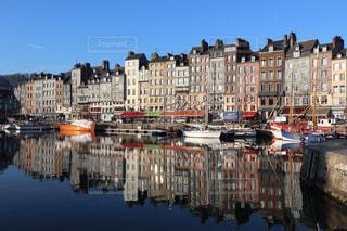 風景,建物,冬,屋外,太陽,カラフル,旅行,フランス,快晴,海外旅行,オンフルール