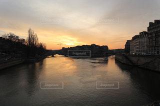 風景,空,屋外,太陽,旅行,フランス,パリ,日の出,海外旅行,グラデーション,セーヌ川