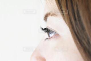 横顔まつげの写真・画像素材[1761514]