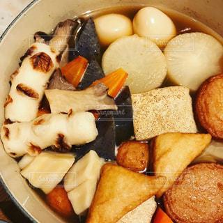 鍋いっぱいのおでんの写真・画像素材[1769846]