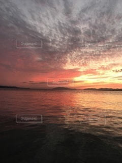 宍道湖の夕焼けの写真・画像素材[3421924]