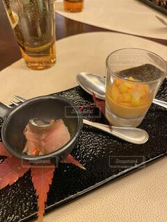鯖のマリネと京人参の前菜の写真・画像素材[3973596]