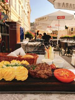 ランチ,屋外,海外,晴れ,テラス,フード,外,旅行,レストラン,ご飯,ポーランド,海外旅行,クラクフ