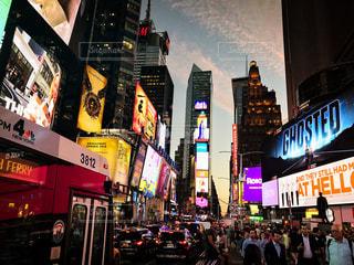 夜景,ニューヨーク,アメリカ,街,観光,海外旅行,通り,街風景,五番街,Fifth Avenue