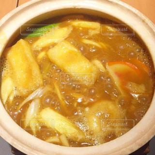 スープとスプーンのボウルの写真・画像素材[1758202]