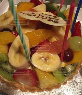 ケーキ,フルーツ,キウイ,パイ,誕生日,ロウソク