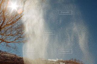 近くに煙のアップの写真・画像素材[1740214]