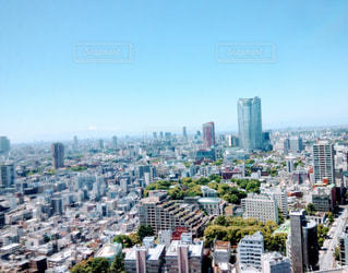 東京のビルと空の写真・画像素材[1857740]
