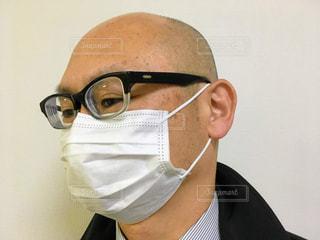 マスクをした男性の写真・画像素材[2003641]