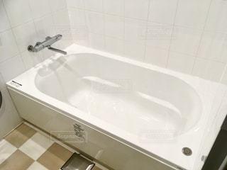 白い浴槽の写真・画像素材[2683400]