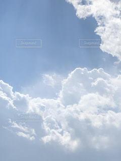 雲と光の写真・画像素材[1845615]