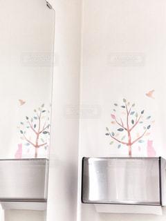 白い壁の写真・画像素材[2310751]