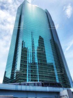 高い建物の写真・画像素材[2361988]