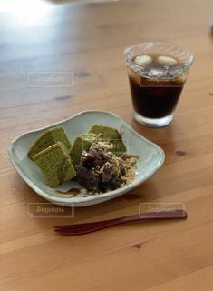 和デザートとアイスコーヒーの写真・画像素材[2339391]