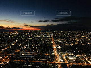 夜の街の景色の写真・画像素材[1743924]