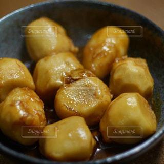里芋の煮っころがしの写真・画像素材[1744257]