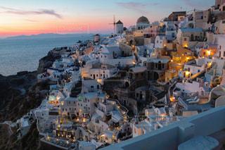 サントリーニ島の夕景の写真・画像素材[1745043]