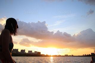 日没の写真・画像素材[1747008]