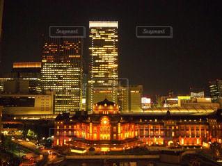 夜の東京駅の写真・画像素材[1747698]