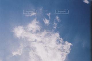 青空の雲の写真・画像素材[2293311]