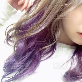 紫のインナーカラーの写真・画像素材[1753852]