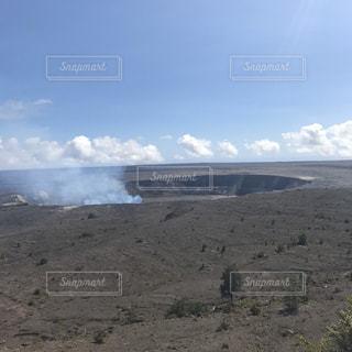 キラウエア火山の噴火口の写真・画像素材[1754268]