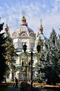 カザフスタン・アルマトイのロシア正教会の写真・画像素材[2932628]