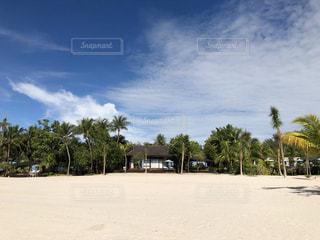 プライベートビーチのあるコテージの写真・画像素材[1755703]