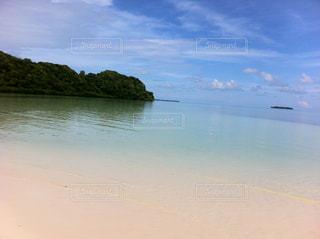 パラオの無人島ビーチの写真・画像素材[1760781]