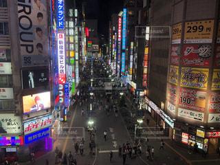 夜の歌舞伎町の写真・画像素材[2724296]