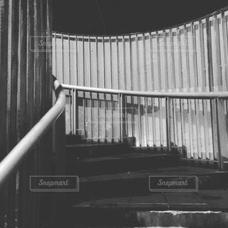 深夜の階段の写真・画像素材[1760056]