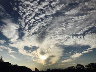 ハート形の雲の写真・画像素材[1761231]