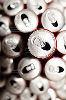 たくさんのアルミ缶の写真・画像素材[2369067]