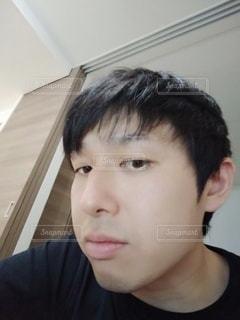 顔のクローズアップの写真・画像素材[2463240]