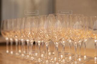 ワイングラスの写真・画像素材[2482911]