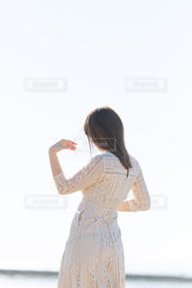 ドレスを着ている人の写真・画像素材[3008750]